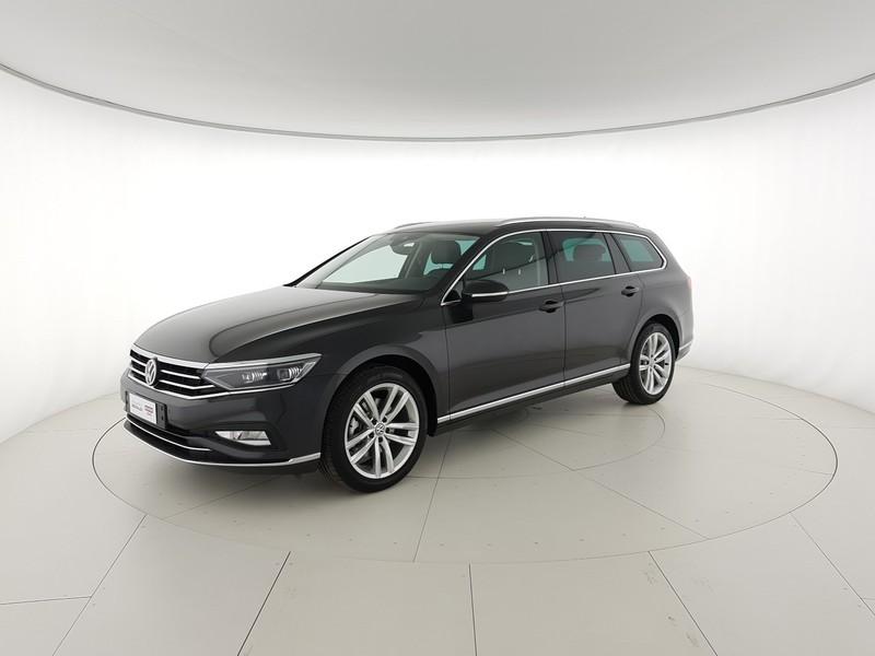Volkswagen Passat var. 2.0 tdi Executive 190cv dsg Veicolo Km 0