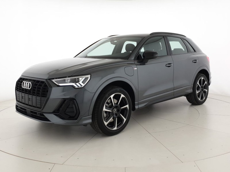 Audi Q3 45TFSI e 245CV Str S Line Edition Listino: 62.969€