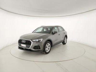 Audi Q3 35 2.0 tdi Business s-tronic